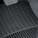 Važnost tepiha za auto