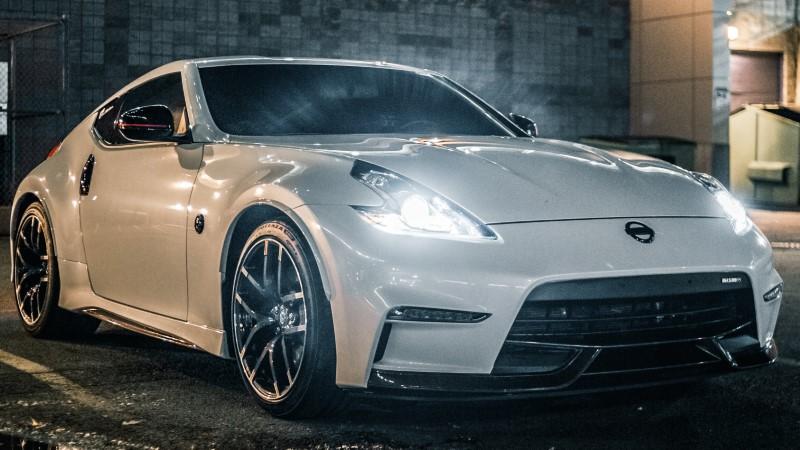 Auto žarulje na Nissan autu
